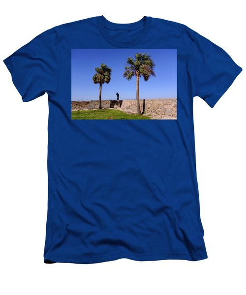 Man With A Hat On The Wall With Palm Trees In Saint Augustine Fl Men's T-Shirt (Athletic Fit)
