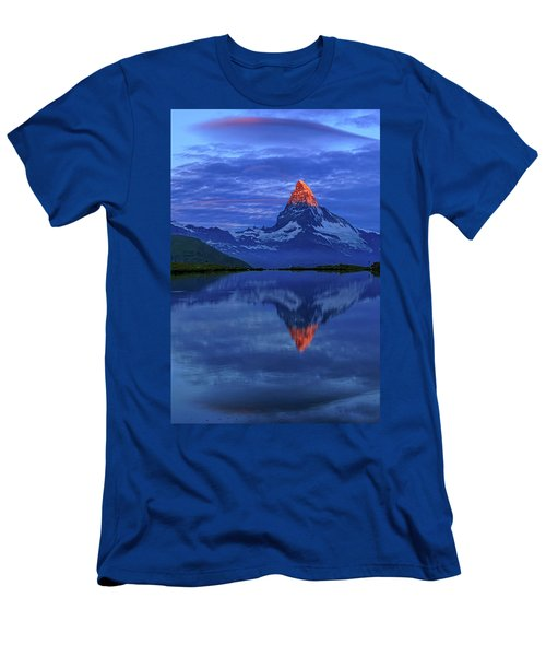 Matterhorn Sunrise Men's T-Shirt (Athletic Fit)