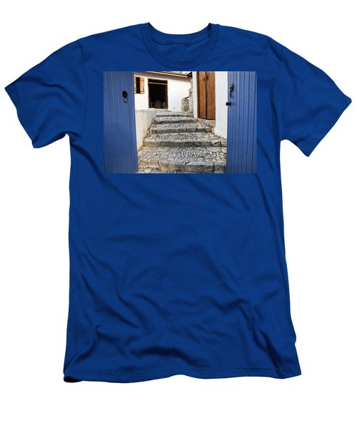 Mediteranean Old House Men's T-Shirt (Athletic Fit)