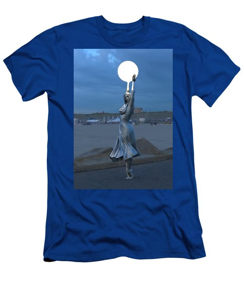 Modernist Lamppost At Night Men's T-Shirt (Athletic Fit)