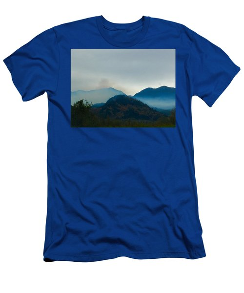 Montana Mountains Men's T-Shirt (Athletic Fit)