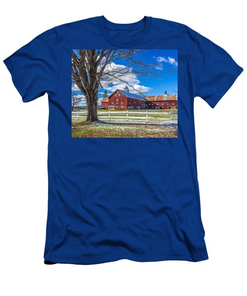 Mountain View Barn Men's T-Shirt (Athletic Fit)