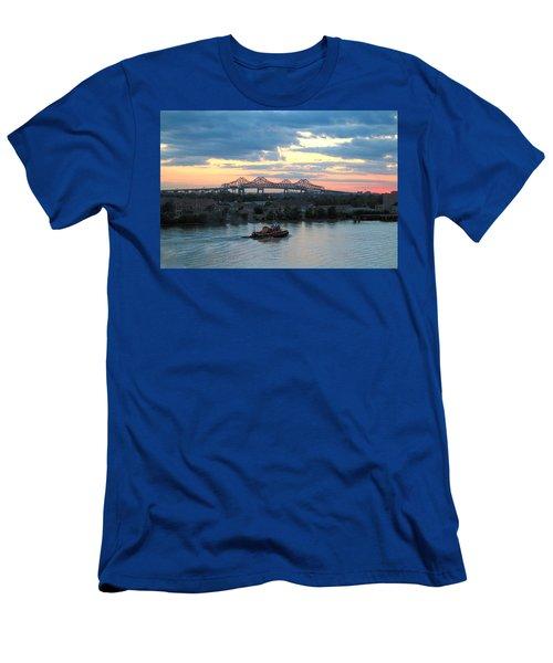 New Orleans Riverfront Men's T-Shirt (Athletic Fit)
