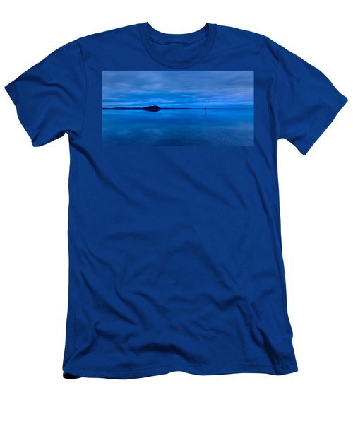 Men's T-Shirt (Athletic Fit) featuring the photograph Nightfall Over Lake Ballard by Julian Cook