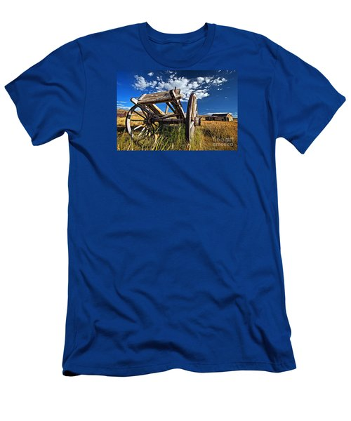 Old Abandoned Wagon, Bodie Ghost Town, California Men's T-Shirt (Slim Fit) by Sam Antonio Photography