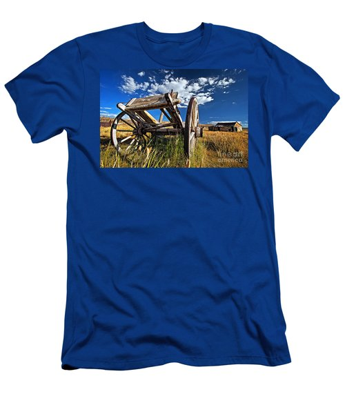 Old Abandoned Wagon, Bodie Ghost Town, California Men's T-Shirt (Athletic Fit)