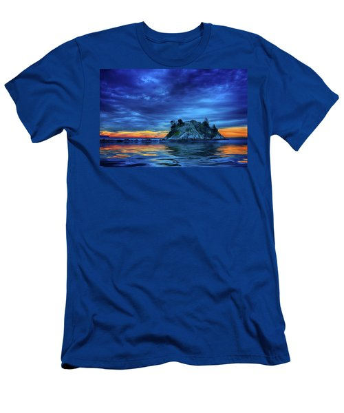 Men's T-Shirt (Athletic Fit) featuring the photograph Pacific Sunset by John Poon