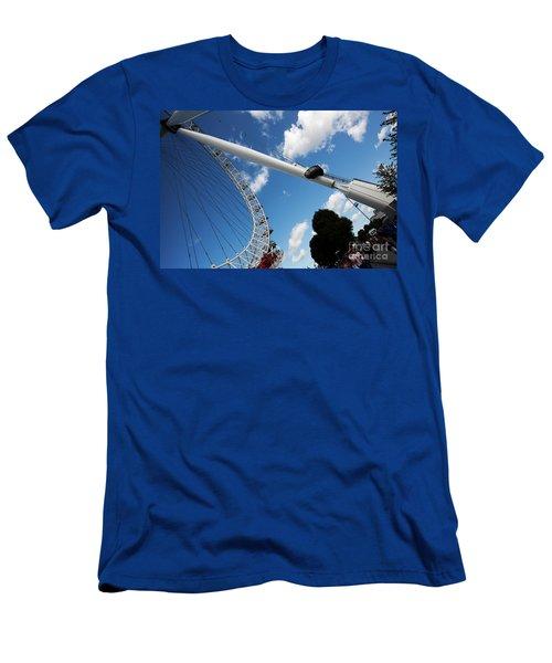 Pillar Of London S Ferris Wheel  Men's T-Shirt (Athletic Fit)