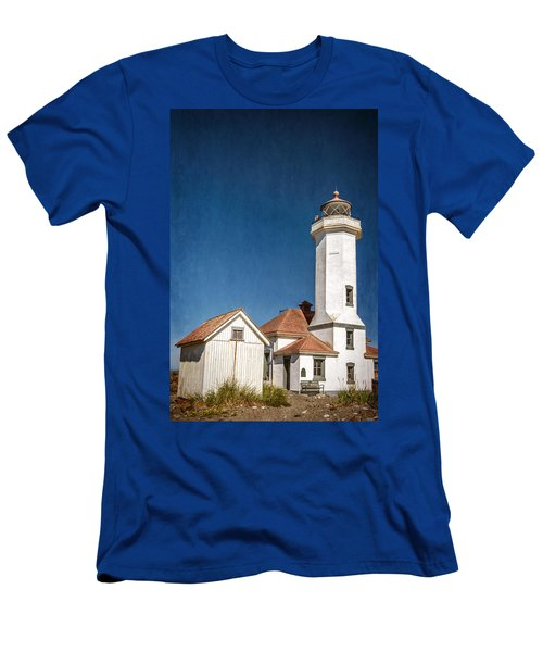 Point Wilson Lighthouse Men's T-Shirt (Athletic Fit)