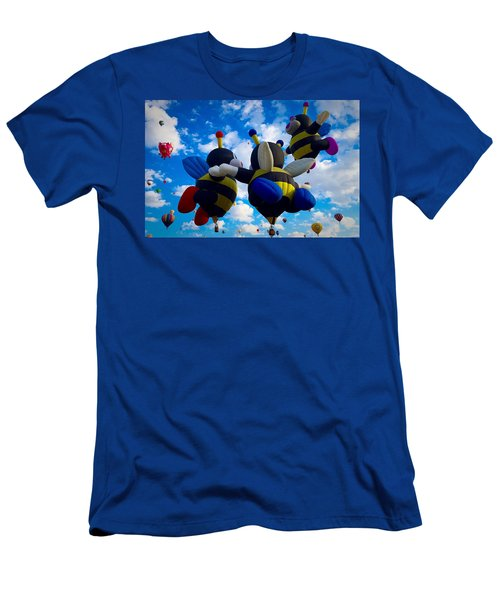 Hot Air Balloon Cheerleaders Men's T-Shirt (Athletic Fit)