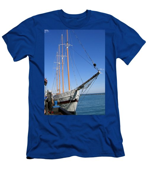 Schooner Men's T-Shirt (Athletic Fit)