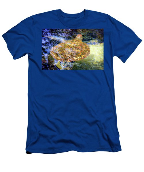 Sea Turtle In Hawaii Men's T-Shirt (Athletic Fit)