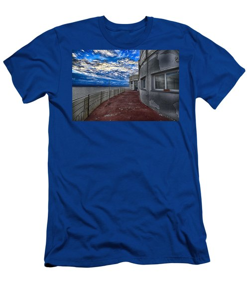 Seascape Atmosphere - Atmosfera Di Mare Men's T-Shirt (Athletic Fit)