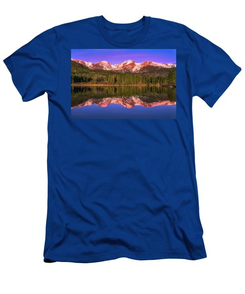 Men's T-Shirt (Athletic Fit) featuring the photograph Sunrise At Sprage Lake by Darren White