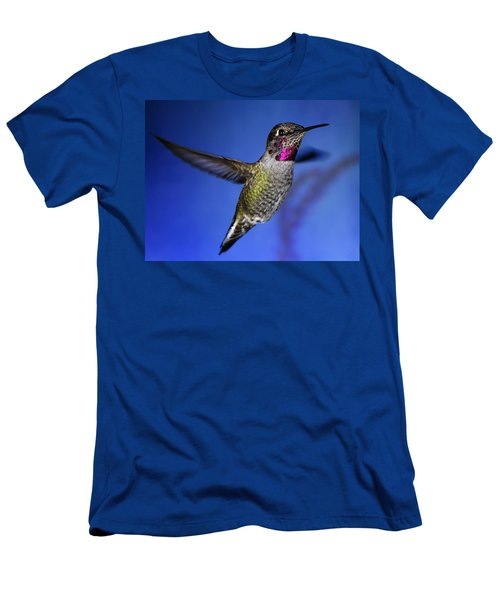 Men's T-Shirt (Slim Fit) featuring the photograph The Best Feature by William Lee