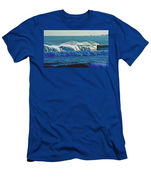 Thunder Of The Waves Men's T-Shirt (Athletic Fit)