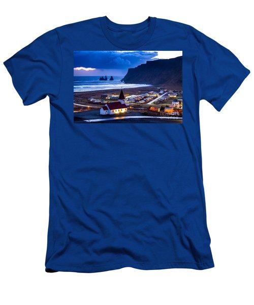 Vik Iceland Men's T-Shirt (Slim Fit) by Mariusz Czajkowski