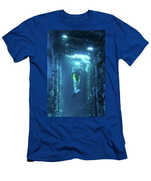 Diver In The Patris Shipwreck Men's T-Shirt (Athletic Fit)