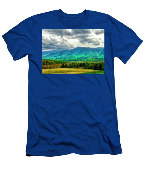 Smoky Mountain Farm Land Men's T-Shirt (Athletic Fit)