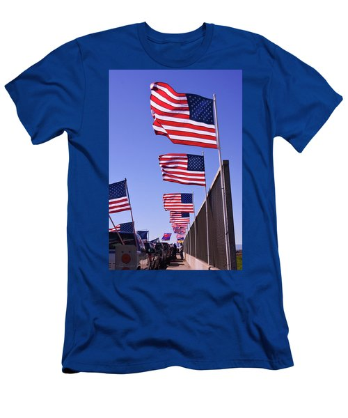 U.s. Flags, Presidents Day, Central Valley, California Men's T-Shirt (Athletic Fit)