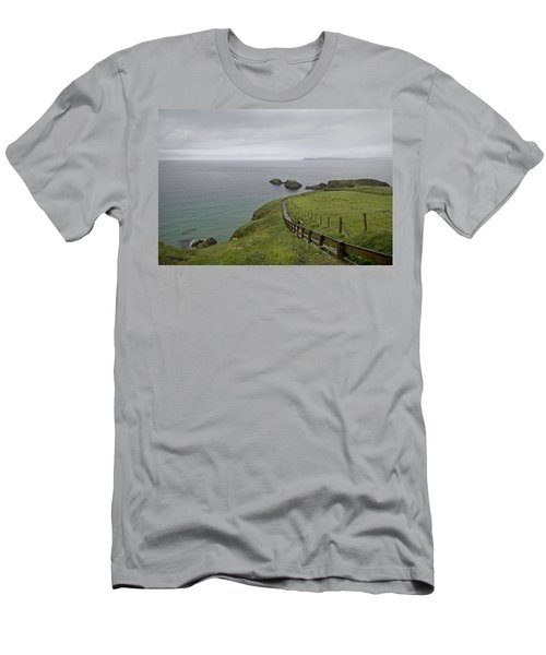 Carrick-a-rede Path Ireland Men's T-Shirt (Athletic Fit)