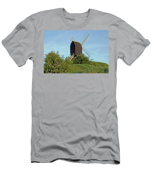 Windmill On Brill Common Men's T-Shirt (Athletic Fit)