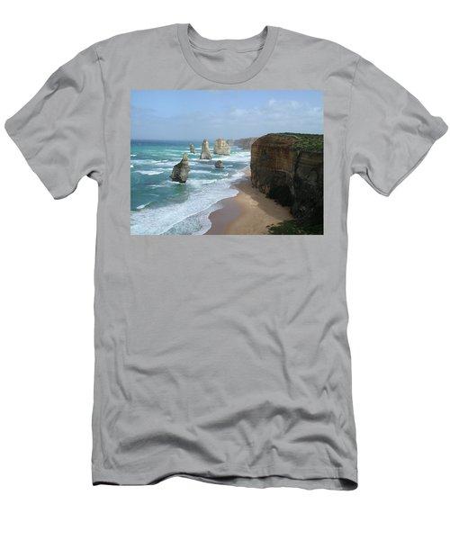 12 Apostles Australia Men's T-Shirt (Athletic Fit)