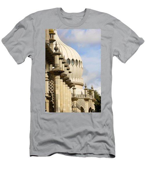 Royal Pavilion Brighton Men's T-Shirt (Athletic Fit)