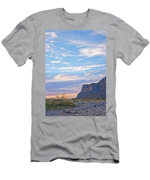 Santa Elena Sunrise Men's T-Shirt (Athletic Fit)