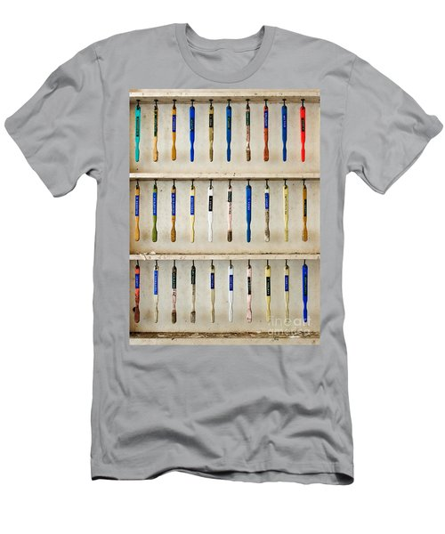 4 Out Of 5 Dentists Recommend Brushing Men's T-Shirt (Athletic Fit)