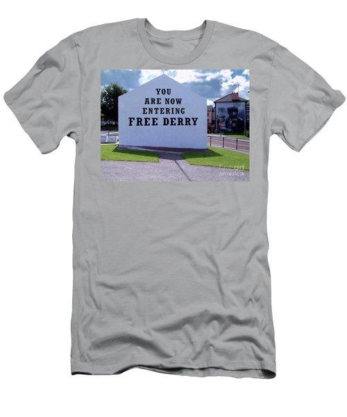 Free Derry Corner Men's T-Shirt (Athletic Fit)
