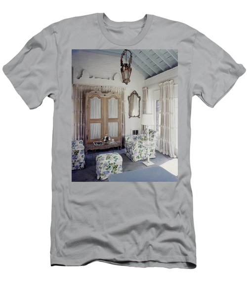 A Guest Room At Hickory Hill Men's T-Shirt (Athletic Fit)