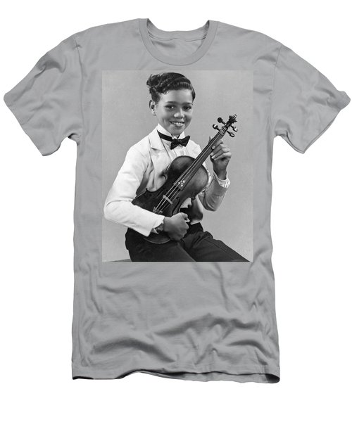 A Proud And Elegant Violinist Men's T-Shirt (Athletic Fit)