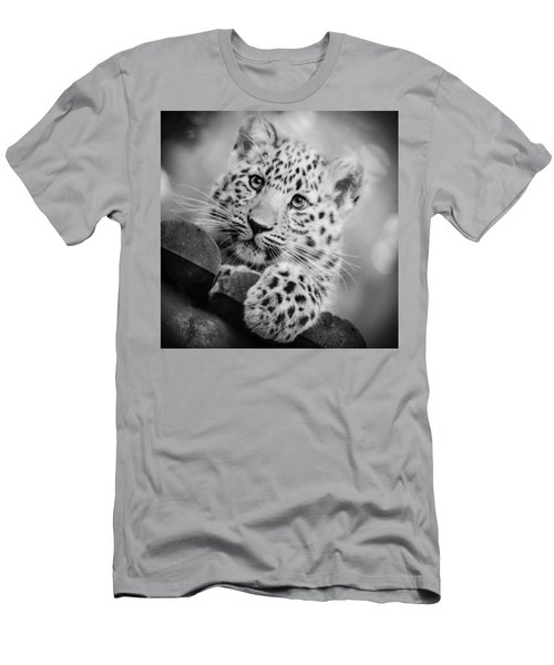 Amur Leopard Cub Portrait Men's T-Shirt (Athletic Fit)
