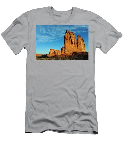 Arches National Park 47 Men's T-Shirt (Athletic Fit)