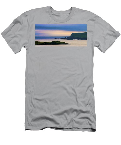 Ardtreck Point Lighthouse Men's T-Shirt (Athletic Fit)