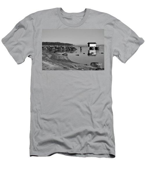 Bathing Jetty 2 Men's T-Shirt (Athletic Fit)