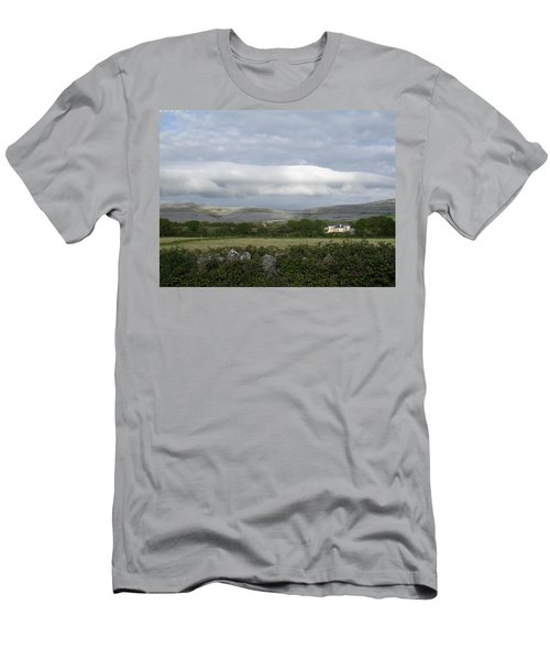Baughlyvann Clouds Men's T-Shirt (Athletic Fit)