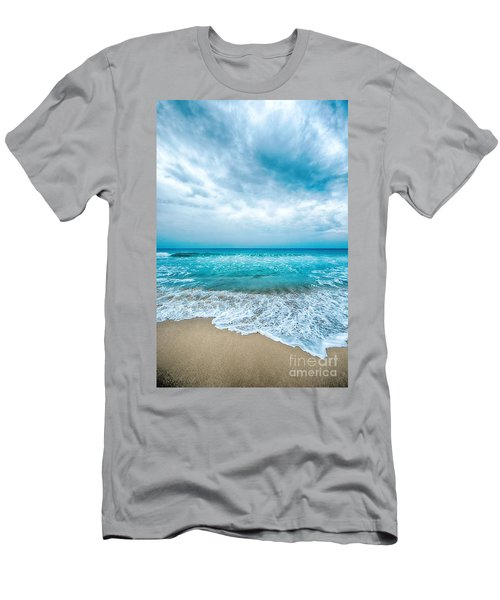 Beach And Waves Men's T-Shirt (Athletic Fit)