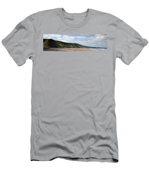 Beach - Saltburn Hills - Uk Men's T-Shirt (Athletic Fit)