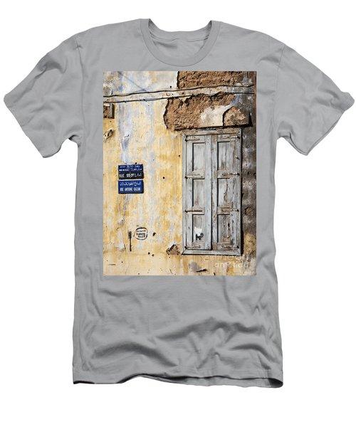 Beirut Lebanon Men's T-Shirt (Athletic Fit)