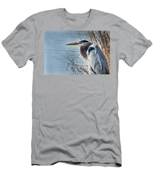 Blue Heron At Pond Men's T-Shirt (Athletic Fit)