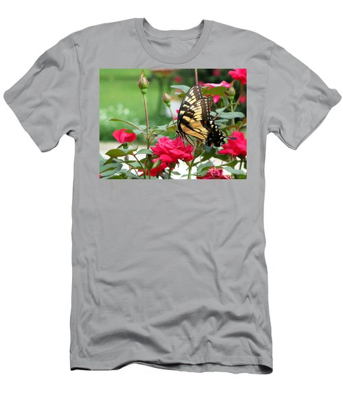 Butterfly Rose Men's T-Shirt (Slim Fit)
