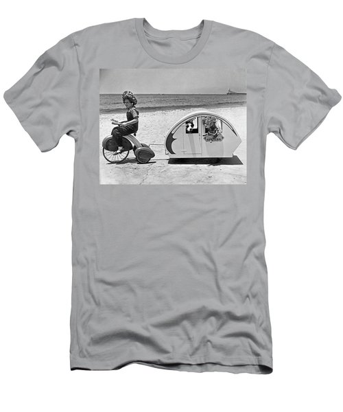 Children Beach Tour Men's T-Shirt (Athletic Fit)