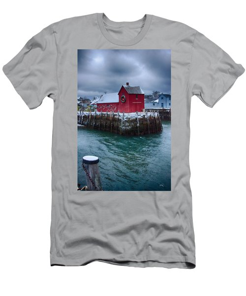 Christmas In Rockport Massachusetts Men's T-Shirt (Athletic Fit)