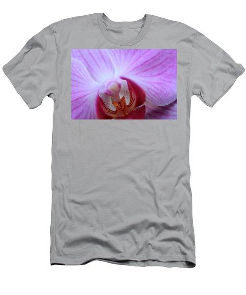 Close Men's T-Shirt (Athletic Fit)