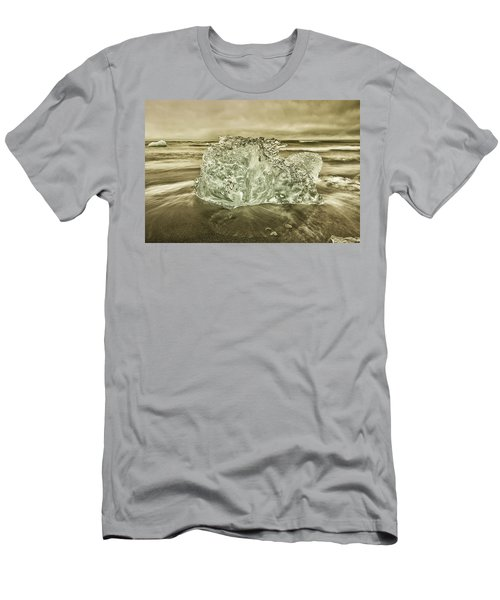 Cold Days Men's T-Shirt (Athletic Fit)