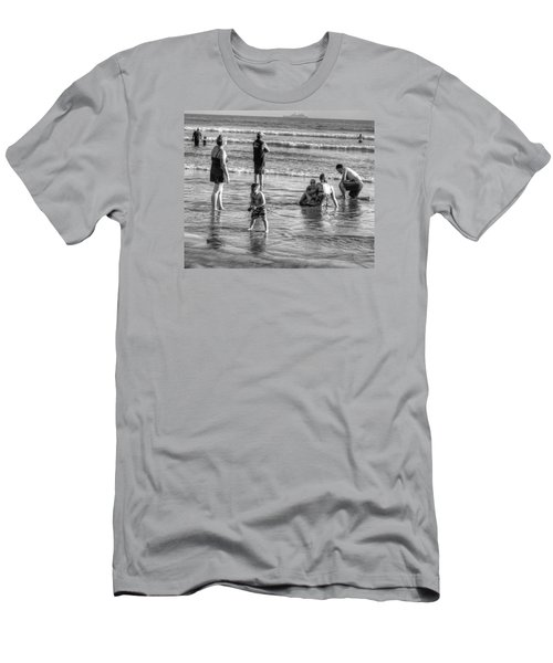 Coronado Beach Tourist Men's T-Shirt (Athletic Fit)