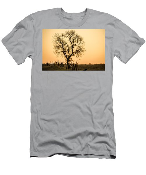 Country Fence Sunset Men's T-Shirt (Athletic Fit)