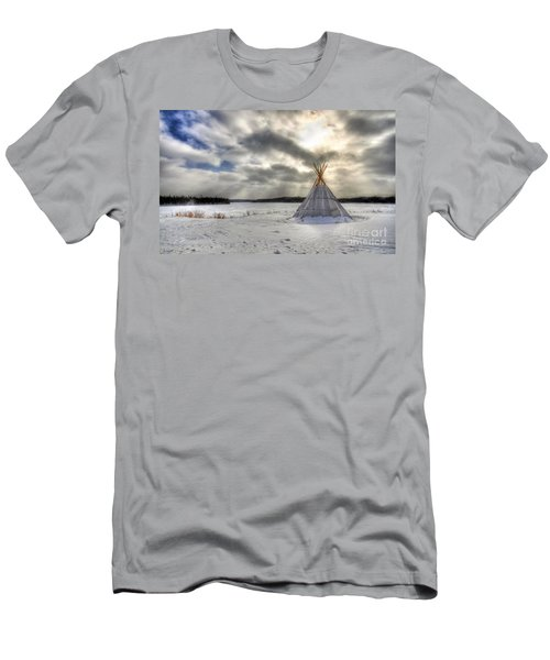 Cree Tepee Men's T-Shirt (Athletic Fit)